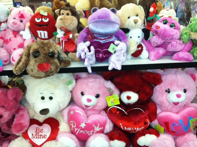 Roses Valentine S Day With Stuff Toys : Inexpensive and meaningful valentine s day gift ideas from