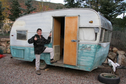 Nash Travel Trailers >> Vintage Travel Trailers Get New Purpose