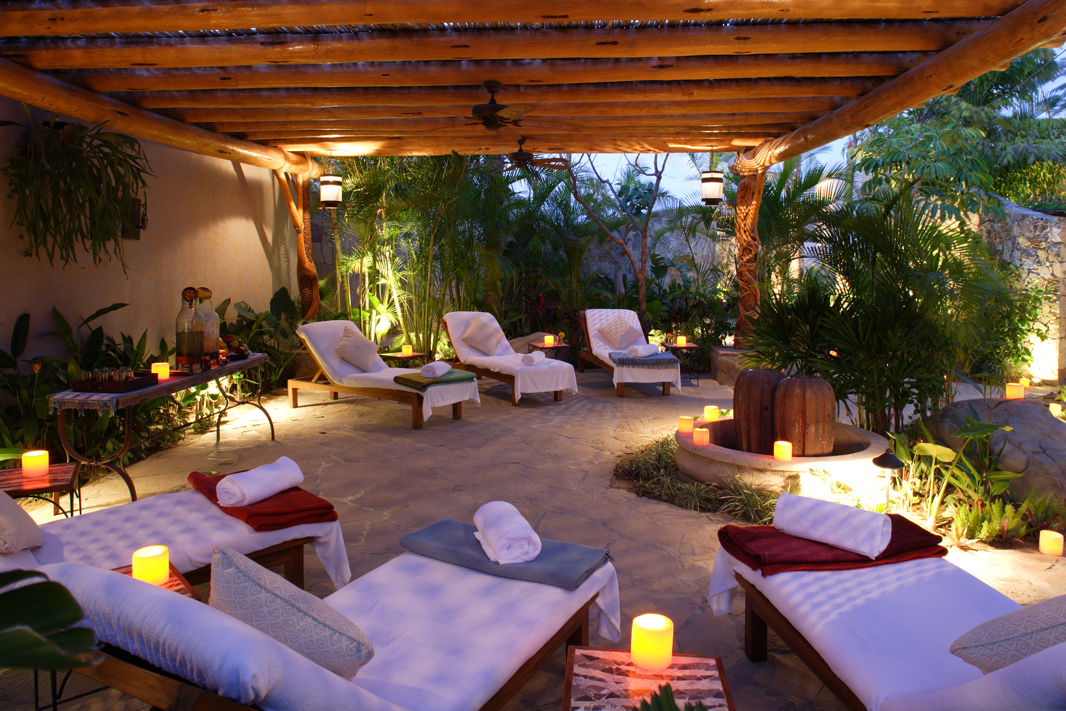 Esperanza an auberge resort earns top ranking in travel for Best spa vacations in us