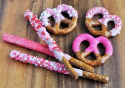5 Minutes For Food Dipped Pretzels