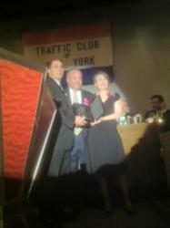 Bo Dietl receives award from Traffic Club New York