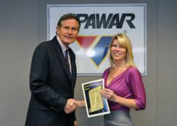 Stacy Fawcett receives SPAWAR Leadership Award