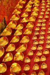 chinas gold hunt to back its world currency bid