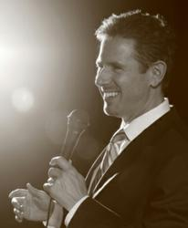 how to become a motivational speaker and get paid
