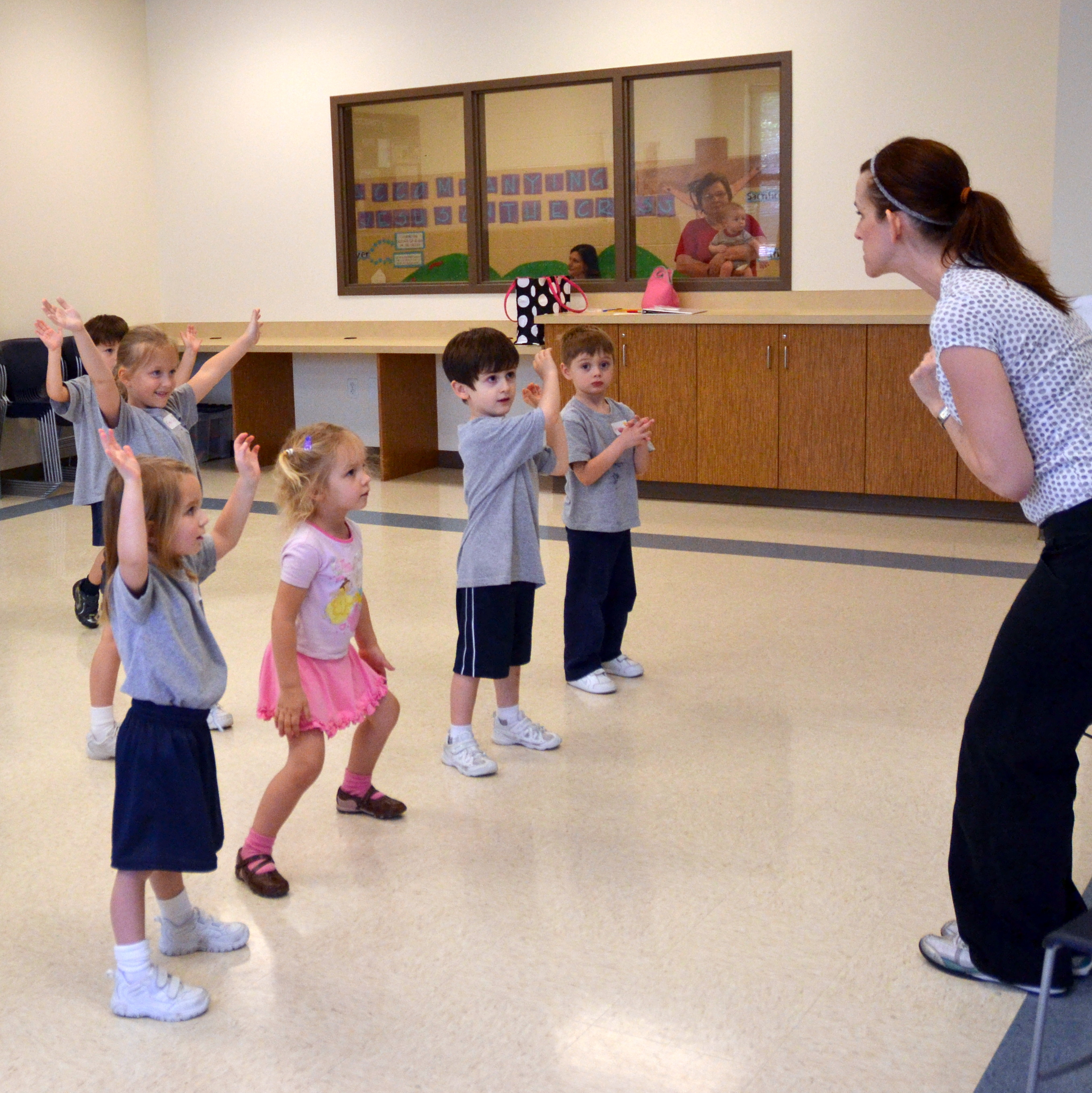 preschool dance class chicago catholic school collaborates with local businesses 115