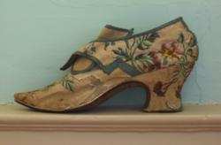 London Lady's Shoe c. 1740 from Strawbery Banke Museum