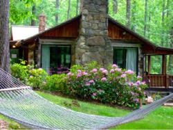 Military discount at willow rental cabins of asheville for Cheap cabin rentals in asheville nc