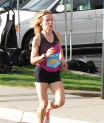 Christine Kennedy wins her age group at the 2012 Carlsbad 5000