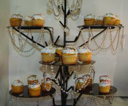 Cupcake Stand Dressed with MAGNETIC Light Charms