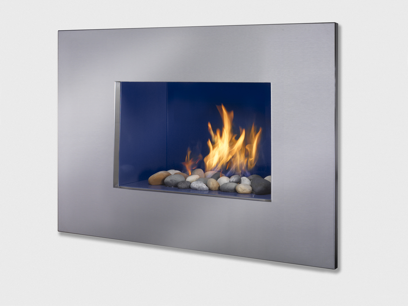 New looks fresh colors in modern gas fireplaces from for European home fireplace