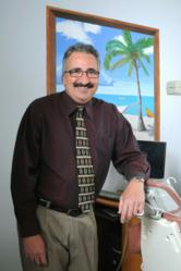 Leading Connecticut Periodontist, Dr. Richard Amato,Uses Velscope to diagnose cancer of the mouth.
