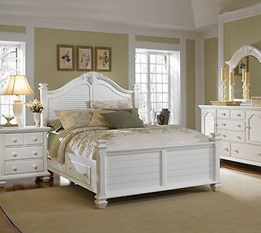 The open and inviting Mirren Harbor Collection by Broyhill evokes the  breathtaking charm of a beach cottage. Bedroom Furniture Spot is Proud to Include Broyhill Products in