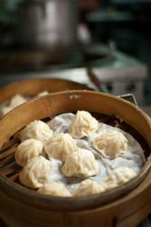 Food tour Shanghai, chinese dumplings, xiaolongbao