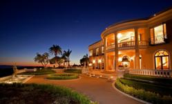 Estate Rentals for Corporate Retreats, Weddings, and Filming