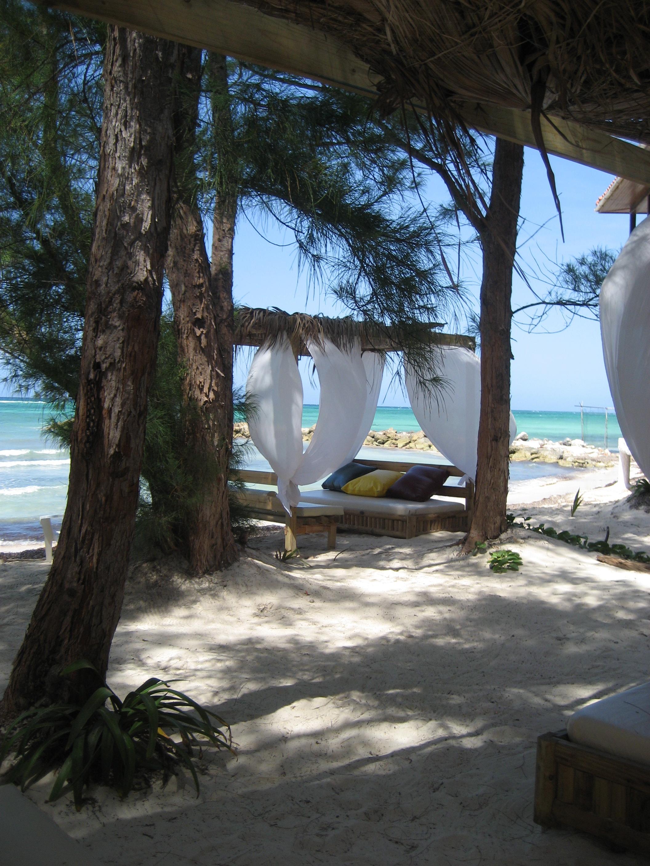 Οι 10 ωραιότερες παραλίες για γυμνισμό στην Ελλάδα  thetoc.gr