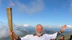 Olympic Flame reaches summit of Snowdon/ Yr Wyddfa