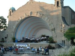 Music Under the Stars at the Toledo Zoo Amphitheater