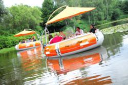 Easyboatbooking.com lance le RING'O, le premier « Bateau-Resto » électrique sur la Côte d'Azur