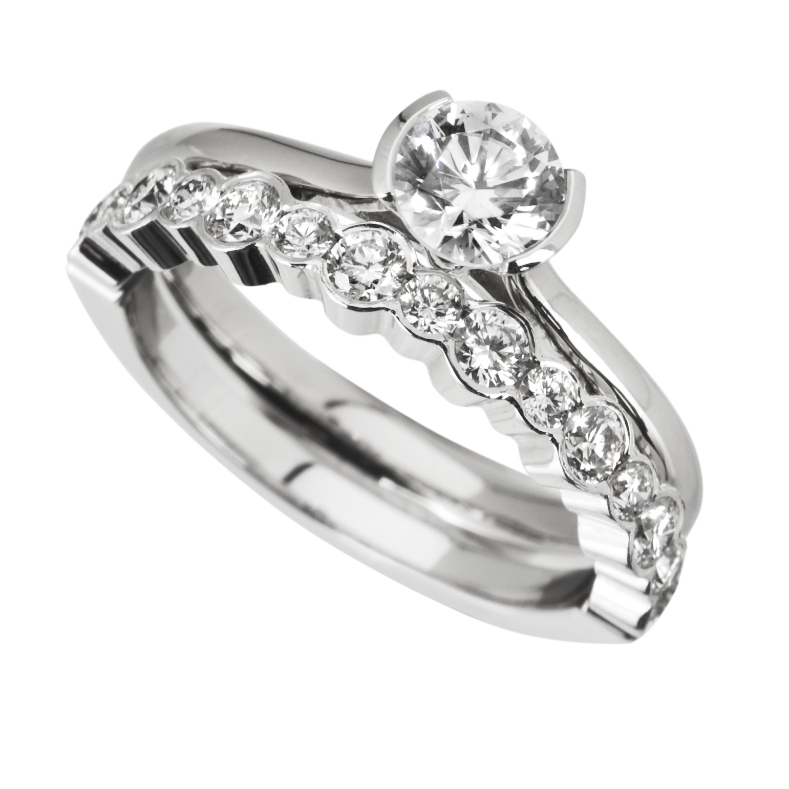 Wedding And Engagement Ring Set Diamonds And Rings The Online Jeweller Launches A New