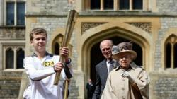 Day 53: Olympic Flame to travel in a boat at Henley and be greeted by The Queen and The Duke of Edinburgh at Windsor Castle during its journey from Oxford to Reading