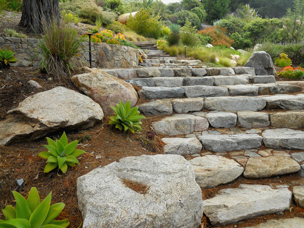 5 innovative hillside landscaping tips on - Ideas for hillside landscape ...