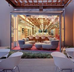 Michelle Obama Celebrates Architect U0026 Interior Designer Clive Wilkinson Who Designed  FIDM College Photo