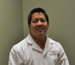 Sugar Land Cosmetic Dentist, Lance Jue, owns A Beautiful Smile at Lake Pointe, a med spa in Sugar Land, Texas.