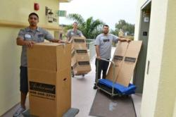 Acclaimed Los Angeles Movers Packing Team