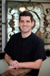 McKinney periodontist, Dr. David Philofsky offers quality gum disease diagnosis and treatment as well as dental implants to Alan, Plano, Sherman, and Dennison.