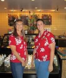 Kris Nelson and Kari Smedley: Owner of the new Maui Wowi Hawaiian Store in Temecula, California