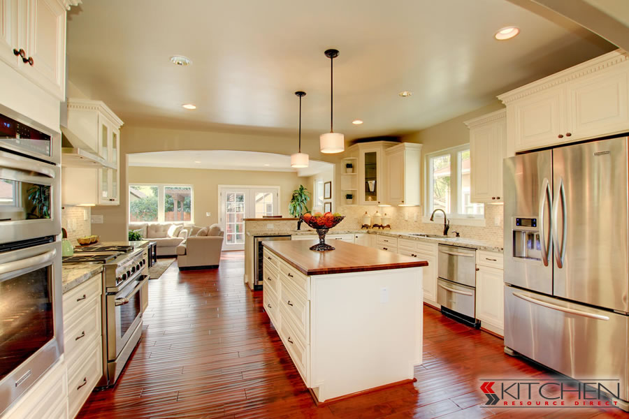 Popular Paint Colors For Kitchens white is the most popular kitchen color