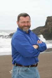 Lincoln City Dentist, Dr. Paul Jensen is dedicated to family and restorative dentistry.