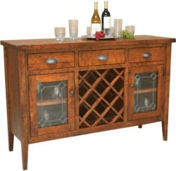 The Jacoby Wine Server boasts an inspired design and expert craftsmanship.