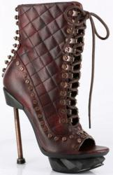 Victorian Styled Ankle Boot w Lace Up Front