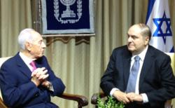 On a recent vist to Israel, Leon Charney met with President of the State of Israel Shimon Peres.