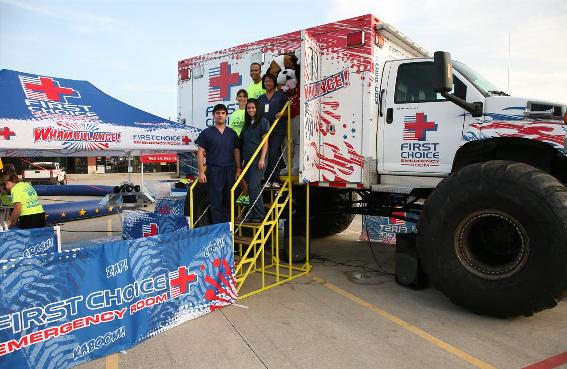 "First Choice Emergency Room\'s ""Whambulance"" Heads to Murphy, Texas"
