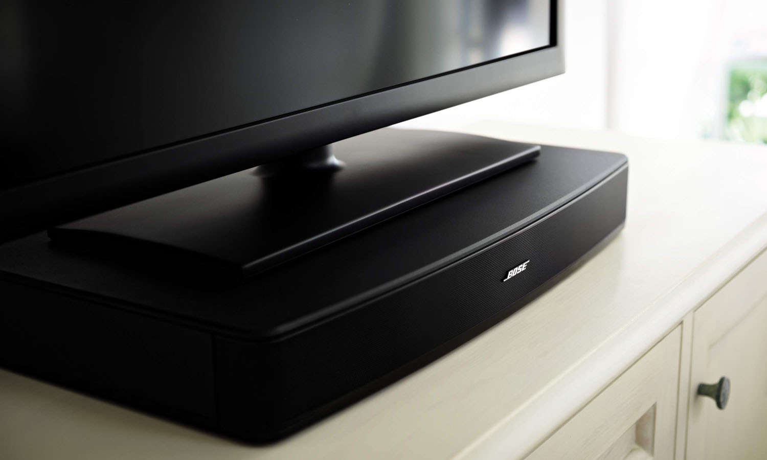 bose introduces new solo tv sound system. Black Bedroom Furniture Sets. Home Design Ideas