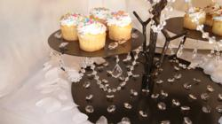 Cake Stand with Magnetic Crystals