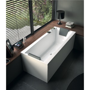 Glass White 71 Inch Corner Bathtub With Two Panels PP000A0 2 ...