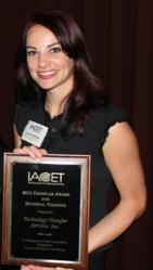 LeAnne Selman recieived the IACET 2012 Exemplar Award for External Training