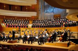 Pacific Chorale with Pacific Symphony