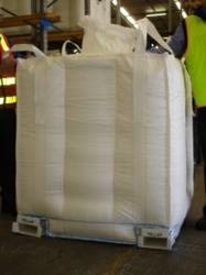 Image depicting the Tellap pallet-less bulk bag showing integrated sleeves for forklift handling at the base.