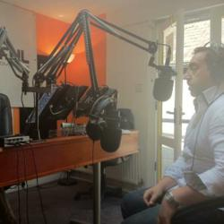 Steve Hutson live in the Colourful Radio studio