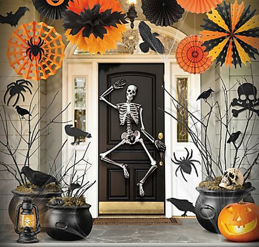Haunt The Halls In Spooky Style With Halloween Party Ideas