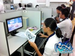 Students are fun and learn while playing game at Trân Duc Luong middle school.