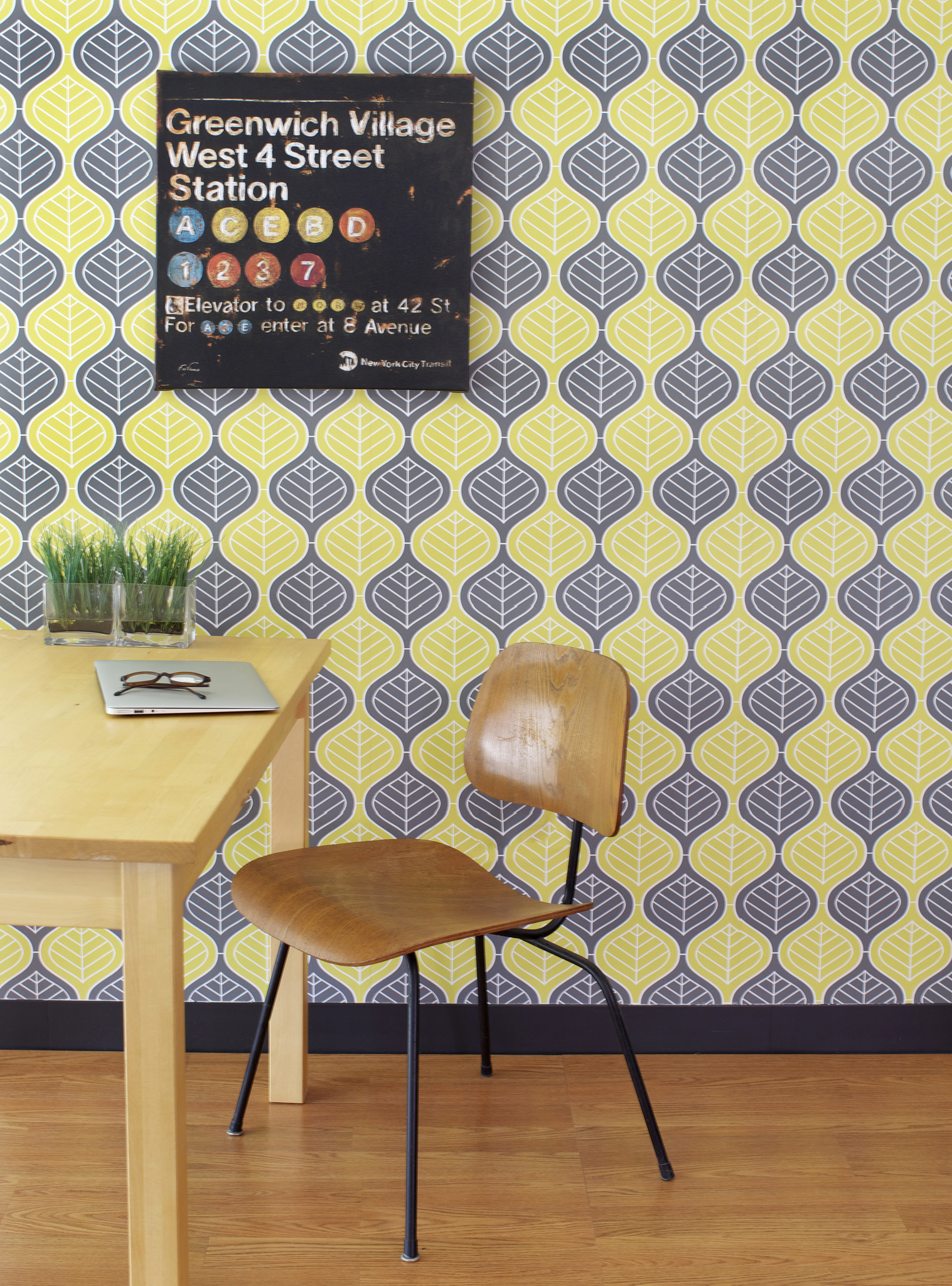 design my own wallpaper yes please spoonflower launches