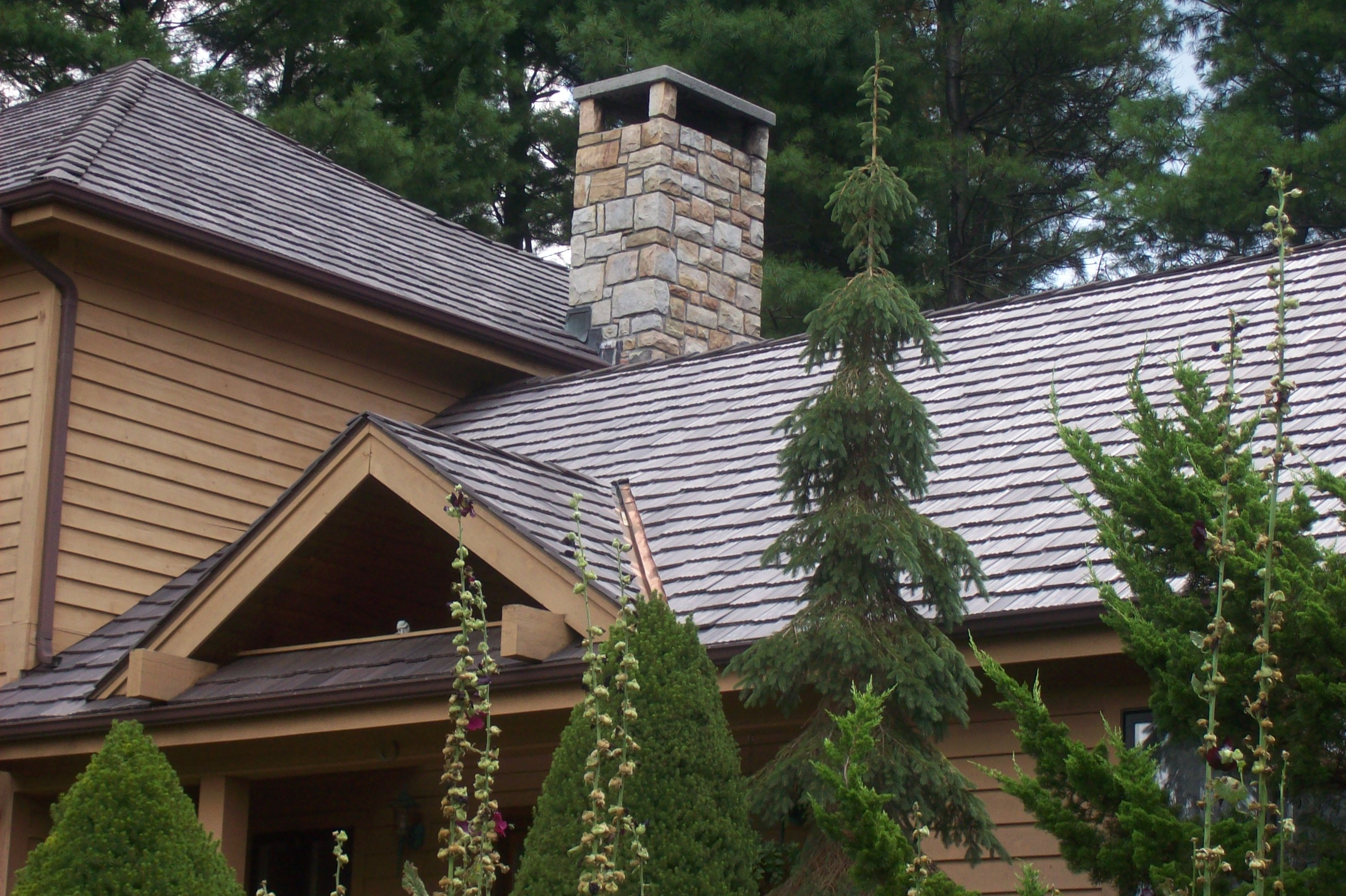 Double digit growth projected for davinci roofscapes in for Polymer roofing