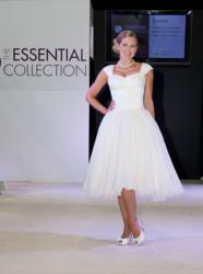 inspired mums cancer battle british designer creates wedding dress breast awareness month article