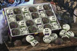 Swiss Colony's Candy Kitchen Howls for Halloween