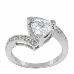 man made diamond, affordable engagement ring, trillion cut,